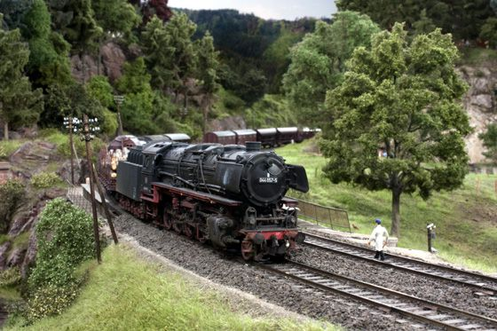 Modellbundesbahn Güterzug Foto_Markus_Tiedtke