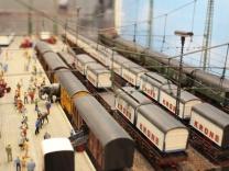 Preiser Zirkus Bahnverladung