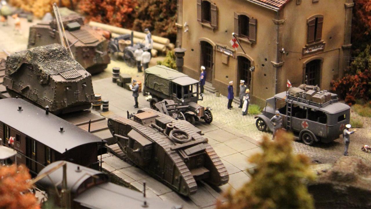 dassler-panzerbahnhof-04