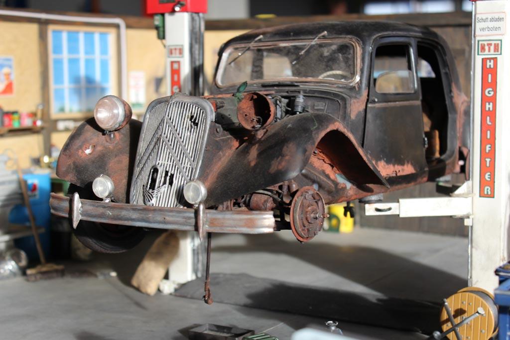 auto-diorama-werkstatt-kass