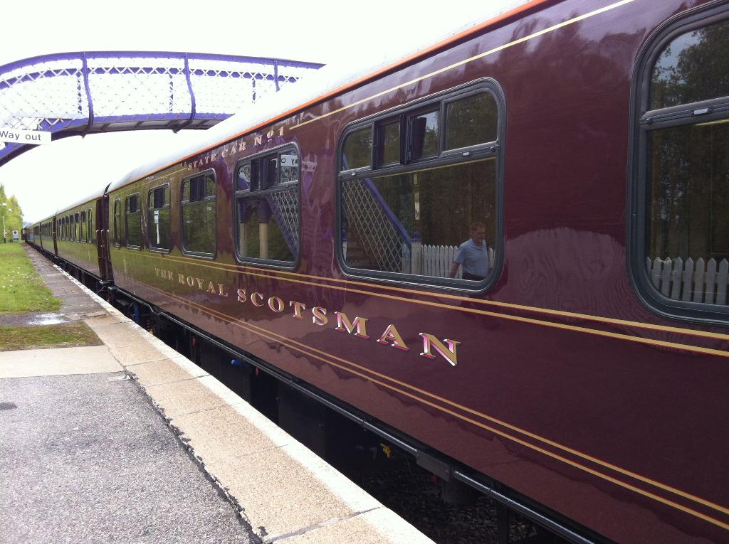 Der Royal Scotsman im Bahnhof